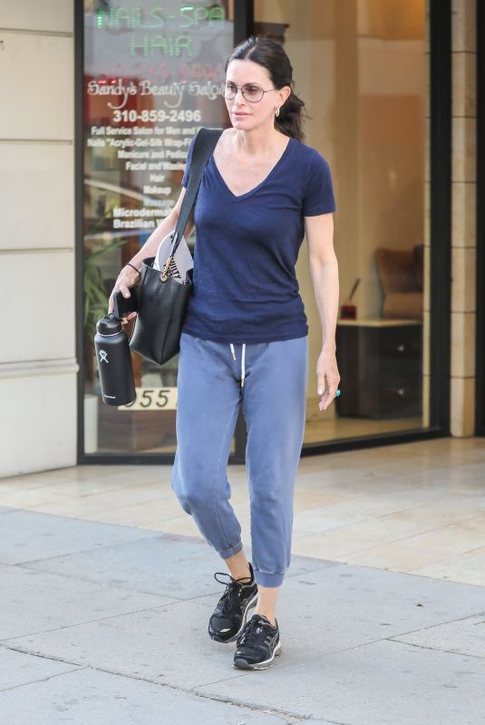 COURTENEY COX Leaves a Spa in Beverly Hills 02/25/2020