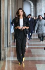 EMILY RATAJKOWSKI Out in Milan 02/20/2020