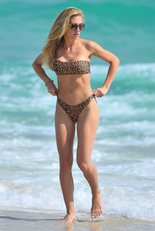 GILDA JOELLE OSBORN in Bikini on the Beach in Miami 02/12/2020