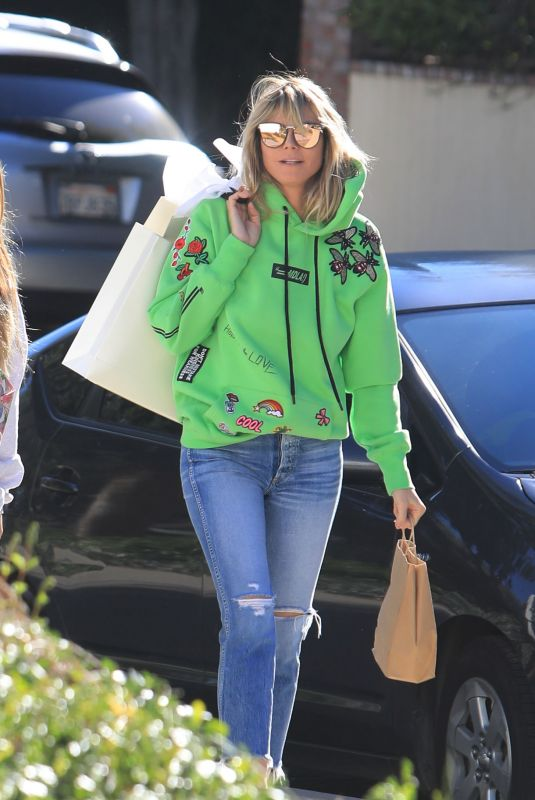 HEIDI KLUM Out Shopping in Los Angeles 02/01/2020