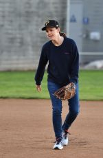 JENNIFER GARNER at a Playground in Los Angeles 02/25/2020