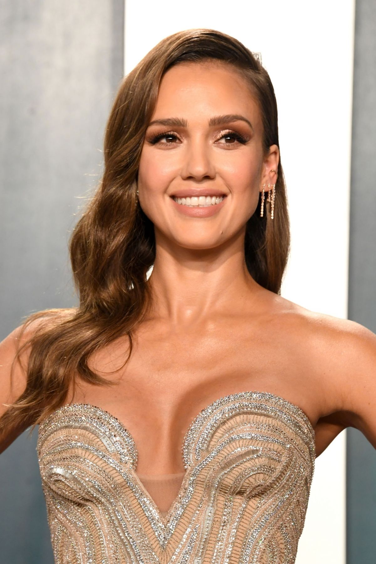 Jessica Alba Cries Over Daughter Honors Height in Sweet