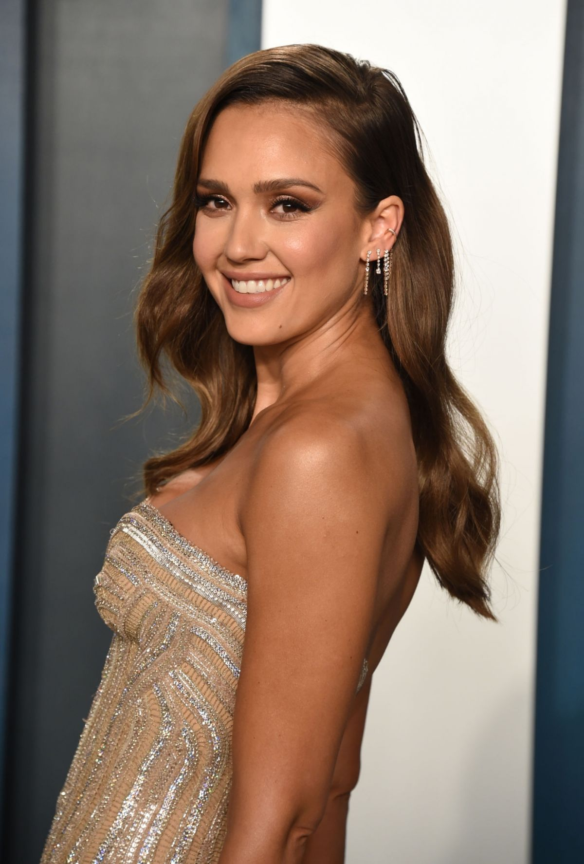 JESSICA ALBA at 2020 Vanity Fair Oscar Party in Beverly Hills 02\/09\/2020 – HawtCelebs