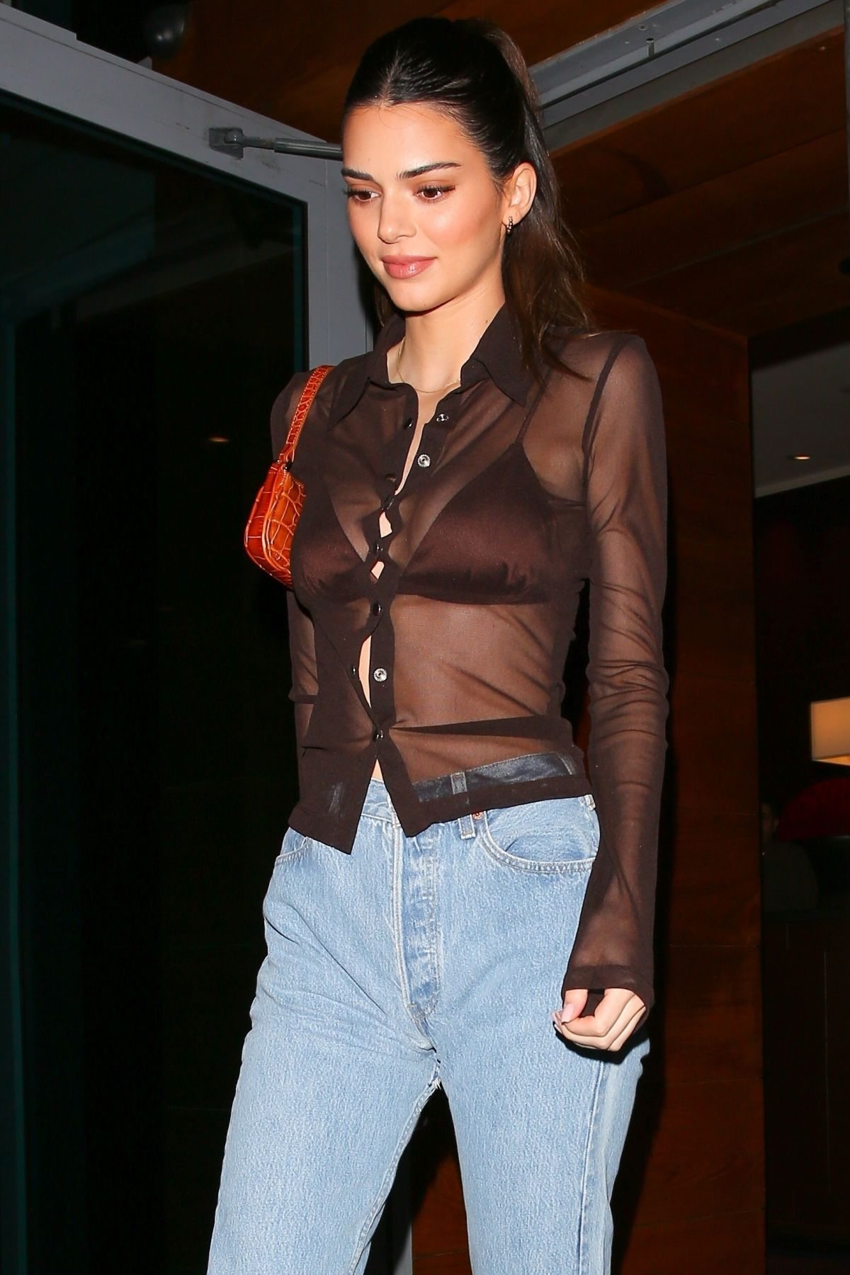 KENDALL JENNER Heading to 76ers vs Heat Game in Miami 02 ...