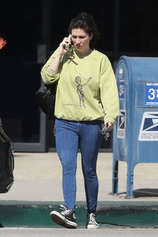 KESHA Out and About in Los Angeles 02/26/2020