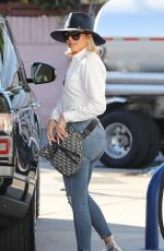 KHLOE KARDASHIAN Out and About in Woodland Hills 02/04/2020