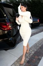 KYLIE JENNER Leaves Waldorf Astoria Hotel in Beverly Hills 02/08/2020