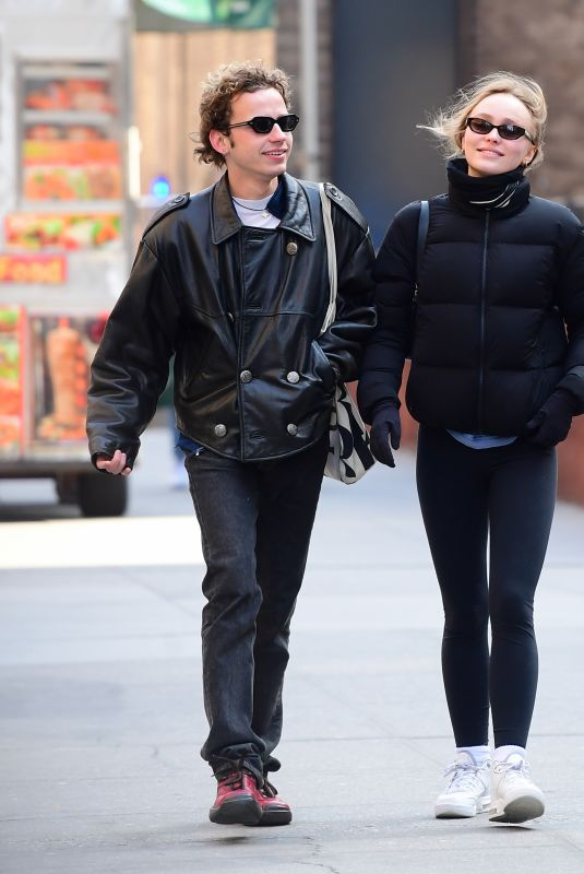 LILY-ROSE DEPP at Espresso Cafe in New Jersey 02/12/2020