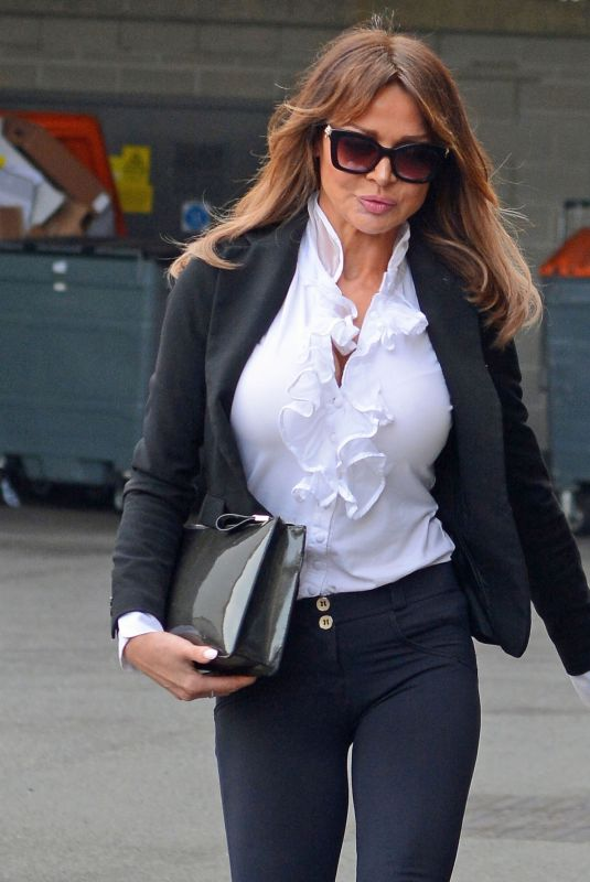 LIZZIE CUNDY at Aldershot Court 02/05/2020