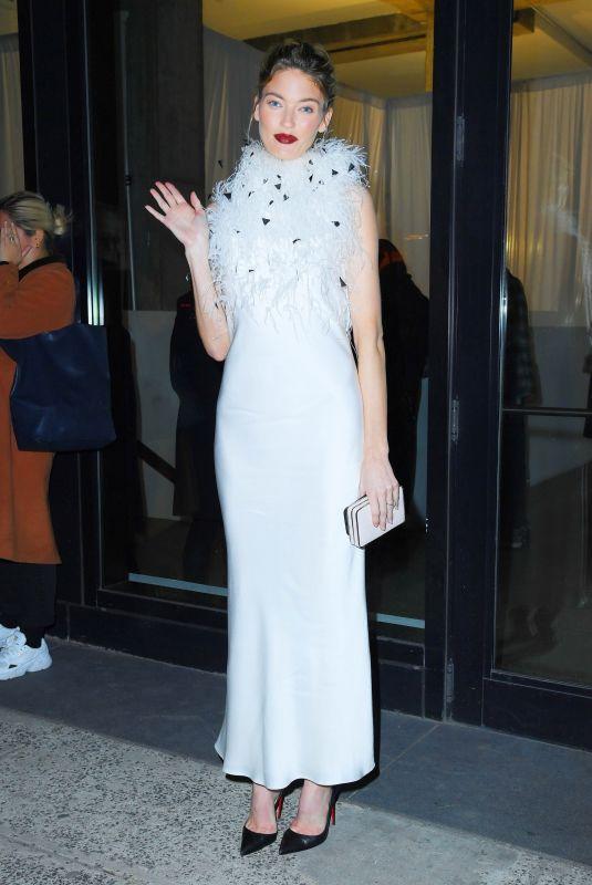 MARTHA HUNT Leaves Jason Wu Fashion Show in New York 02/09/2020