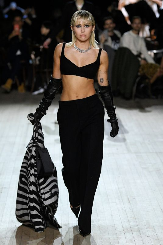 MILEY CYRUS at Marc Jacobs Runway Show at New York Fashion Week 02/12/2020