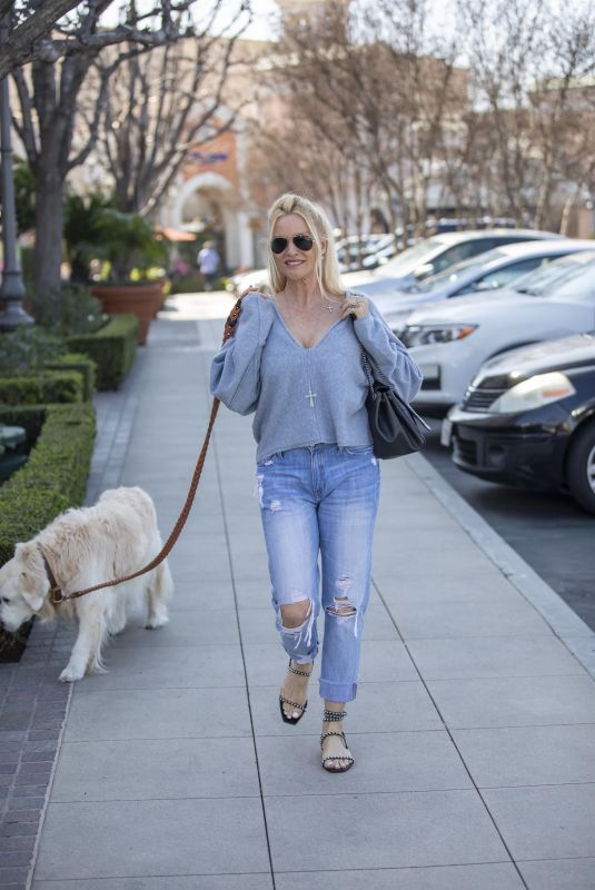 NICOLETTE SHERIDAN Out with Her Dog in Calabasas 02/25/2020