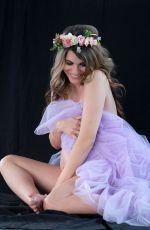 Pregnant RACHEL MCCORD - Maternity Photoshoot, February 2020