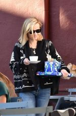 REESE WITHERSPOON at Brentwood Country Mart 02/05/2020