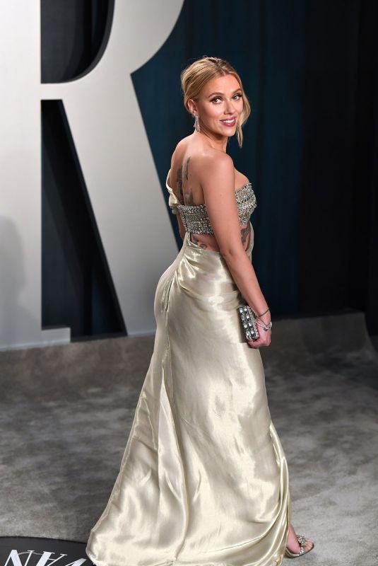 SCARLETT JOHANSSON at 2020 Vanity Fair Oscar Party in Beverly Hills 02/09/2020