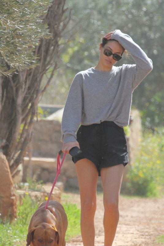 SHANINA SHAIK Out with Her Dogs in Ibiza 02/28/2020