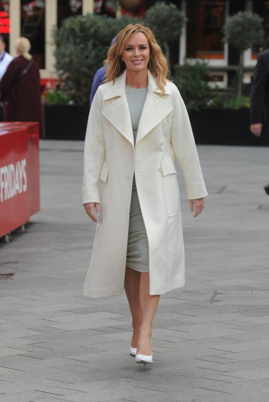 AMANDA HOLDEN Arrives at Global Radio in London 03/11/2020