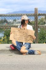 BAI LING Asks Strangers Where She Can Buy Toilet Paper in Los Angeles 03/25/2020