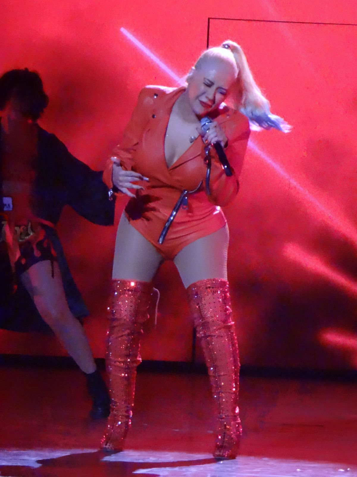 christina-aguilera-performs-at-a-concert