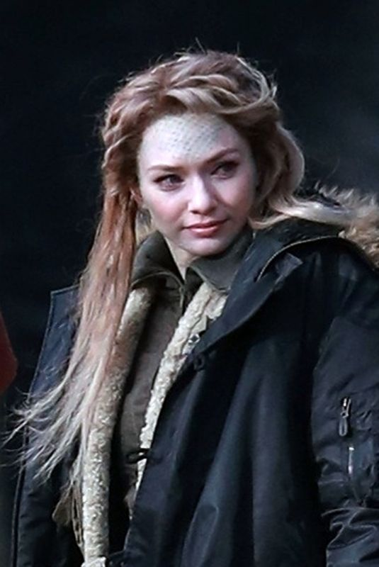 ELEANOR TOMLINSON on the Set of Intergalactic in Alderley Edge 03/15/2020