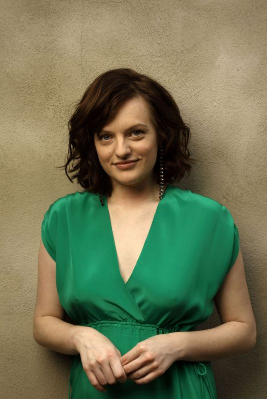 ELISABETH MOSS for Vvenice Magazine, September 2009