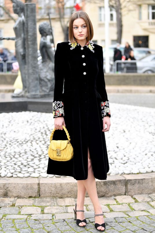 EMMA CORRIN Arrives at Miu Miu Show at Paris Fashion Week 03/03/2020