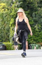 GOLDIE HAWN Out and About in Brentwood 03/25/2020