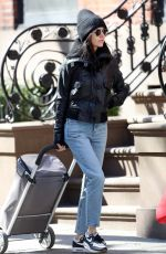 JENNIFER CONNELLY and Paul Bettany Out Shopping in New York 03/10/2020