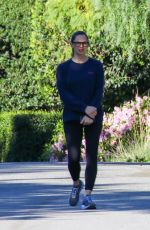 JENNIFER GARNER Out in Pacific Palisades 03/17/2020