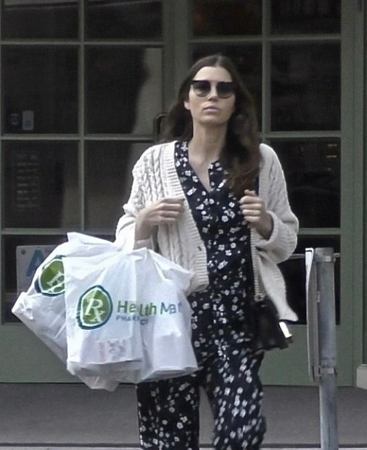 JESSICA BIEL Leaves Health Mart Pharmacy in Beverly Hills ...