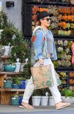 JILLIAN MICHAELS Shopping at Whole Foods in Malibu 03/28/2020