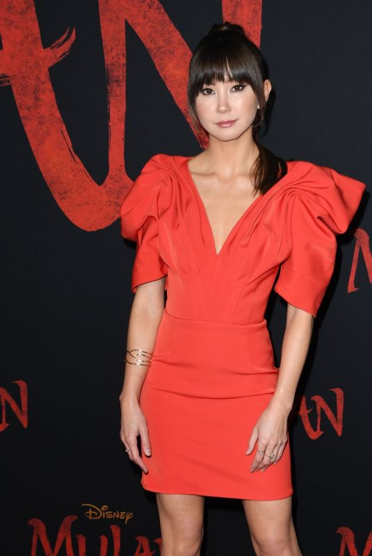 KIMIKO GLENN at Mulan Premiere in Hollywood 03/09/2020