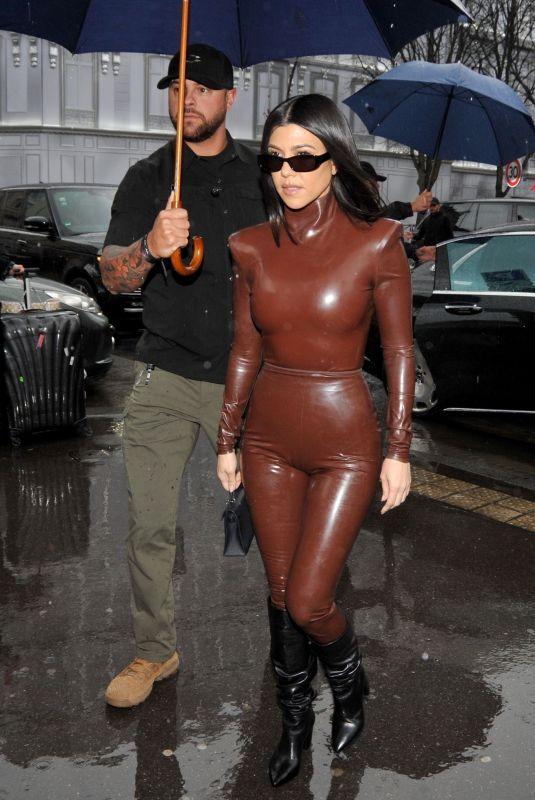 KOURTNEY KARDASHIAN Leaves Kanye West's Sunday Service at Theatre des Bouffes du Nord in Paris 03/01/2020