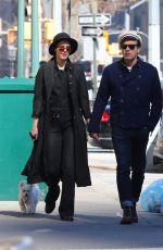 MARY ELIZABETH WINSTEAD and Ewan McGregor Riding Subway in New York 03/07/2020