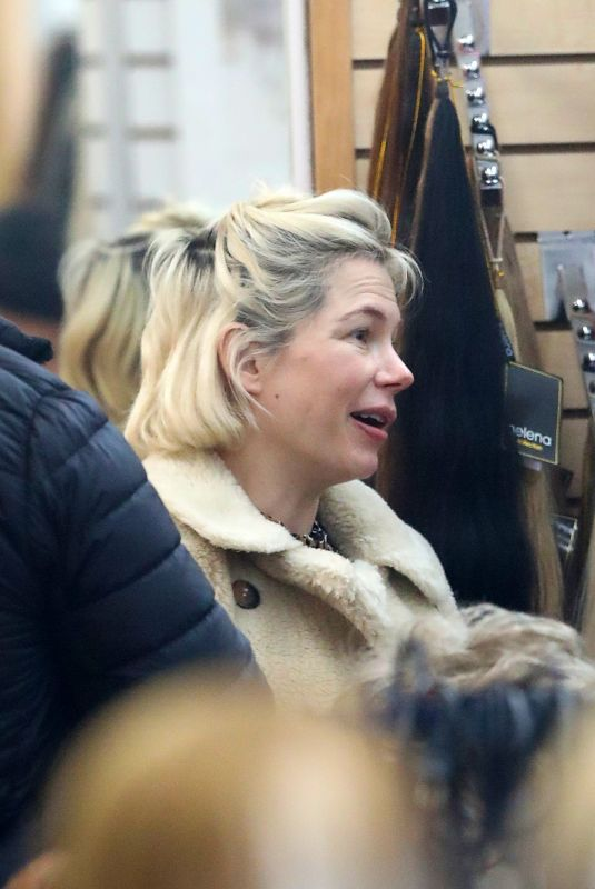MICHELLE WILLIAMS Makeup Free Out in New York 03/01/2020