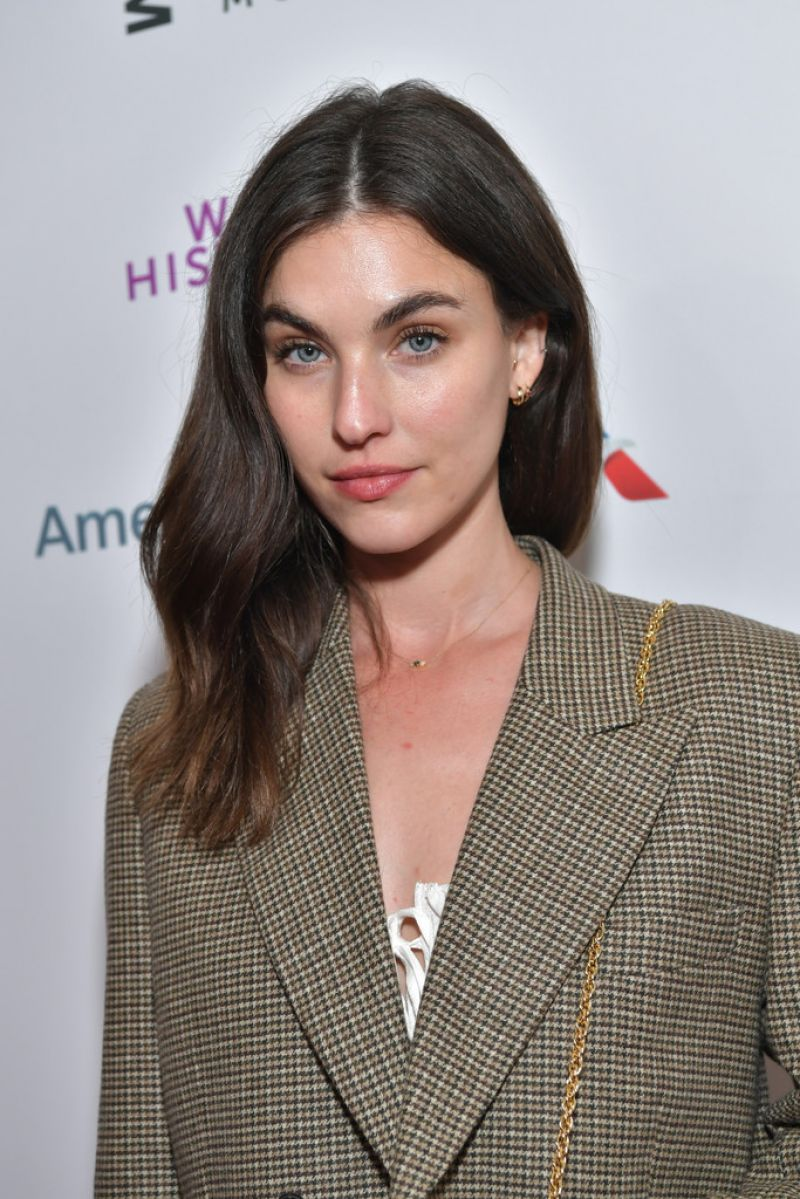 Rainey Qualley - Bio, Facts, Achievements, Family Life of