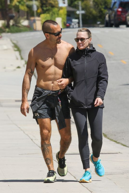 ROBIN WRIGHT and Clement Giraudet Out in Santa Monica 03/27/2020