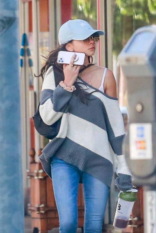 SARAH HYLAND Out and About in Beverly Hills 03/02/2020
