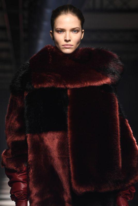 SASHA LUSS at Givenchy Runway Show at Paris Fashion Week 03/01/2020