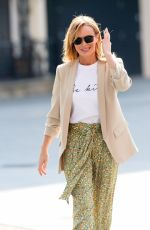 AMANDA HOLDEN Leaves Heart Radio in London 04/09/2020