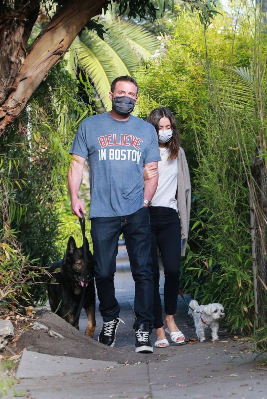 ANA DE ARMAS and Ben Affleck Wearing Masks Out with Their Dog in Santa Monica 04/25/2020