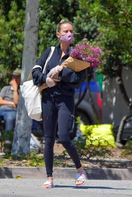 BRIE LARSON Wearing Mask at Farmers Market in Malibu 04/19/2020