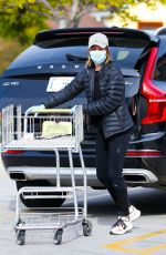 CALISTA FLOCKHART Wearing Mask Out Shopping for Groceries in Santa Monica 03/31/2020
