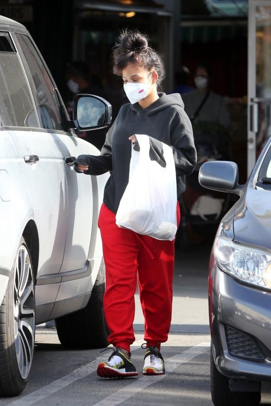 CHRISTINA MILIAN Wearing Mask Shopping at a Market in Los Angeles 04/04/2020