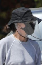 COURTENEY COX Wearing Mask and Face Shields at Whole Foods in Malibu 04/19/2020