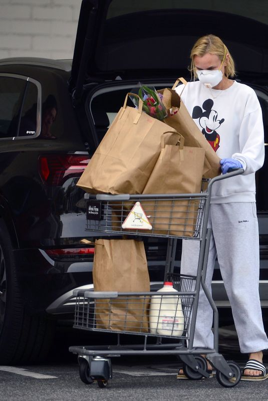 DIANE KRUGER Wearing Mask Out Shopping in Los Angeles 03/31/2020