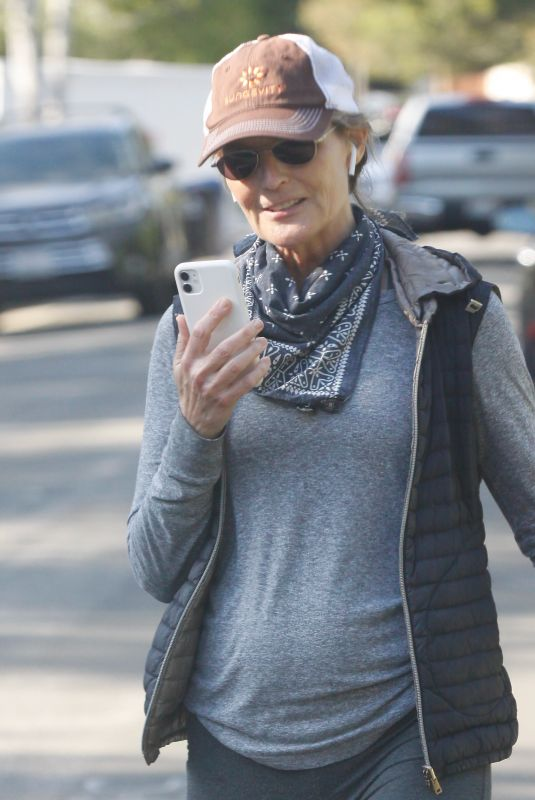 HELEN HUNT Out and About in Brentwood 04/20/2020