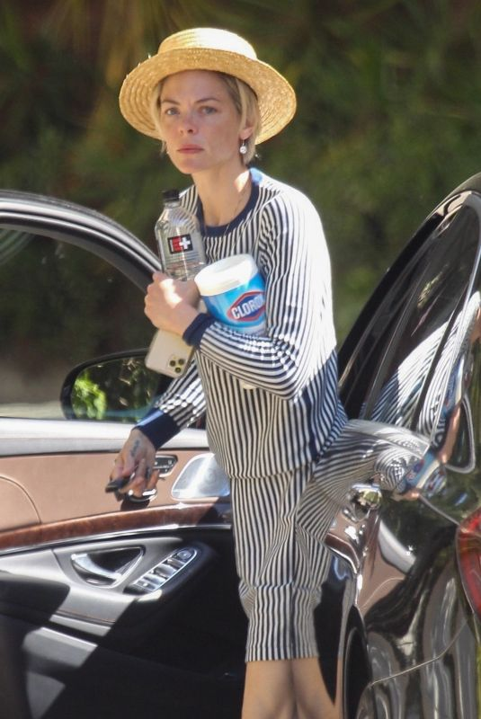 JAIME KING Arrives at a Friend's House in Beverly Hills 04/24/2020