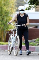 JENNIFER GARNER Wearing a Mask Out Riding a Bike in Brentwood 04/05/2020