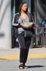LAILA ALI Picking Up Salad to Go in Los Angeles 04/02/2020